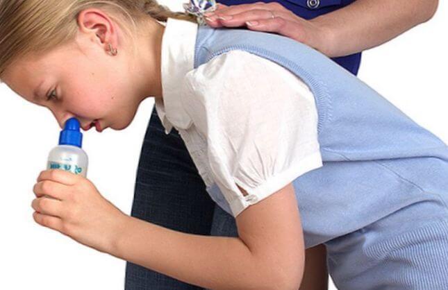 Промывание носоглотки у детей